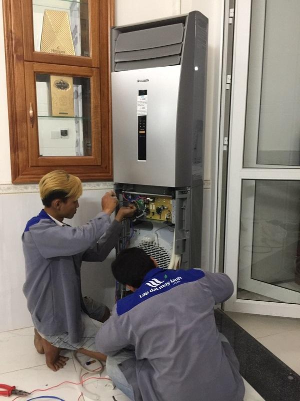Lắp đặt máy lạnh tủ đứng tại TPHCM